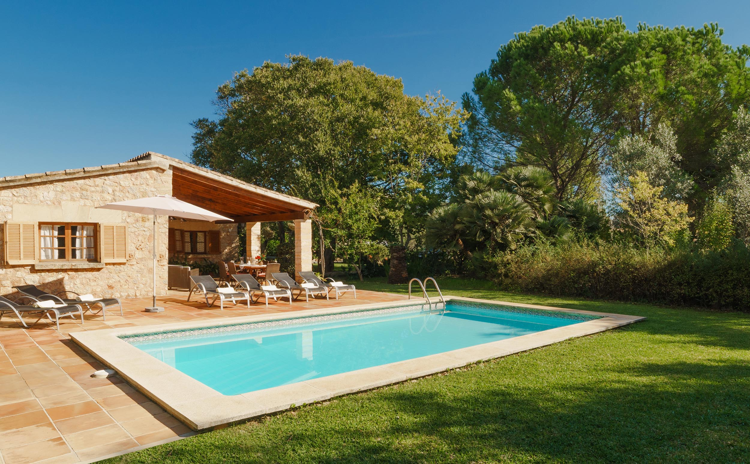 Bon Repos is a cozy villa with heated pool in Pollensa