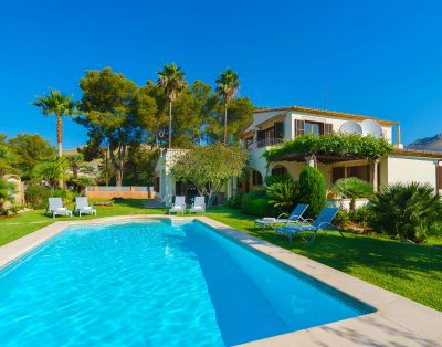 Bahia Mar is a nice villa in walking distance of Puerto Pollensa