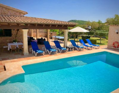 Can Justo is a very nice villa with heated pool in walking distance of Pollensa
